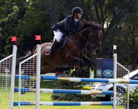 Tanner Carlisle and Amity in action in the 1.10 Shongweni Derby
