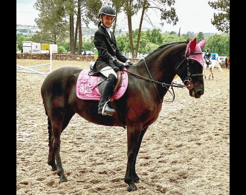 Monamy being ridden by Nadia Booyens